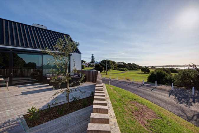 QUEENSCLIFF HOUSE