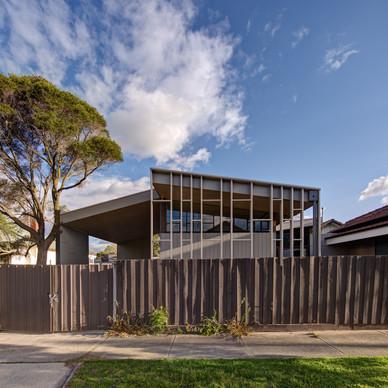 DANCING HOUSE - Craig Tan Architects