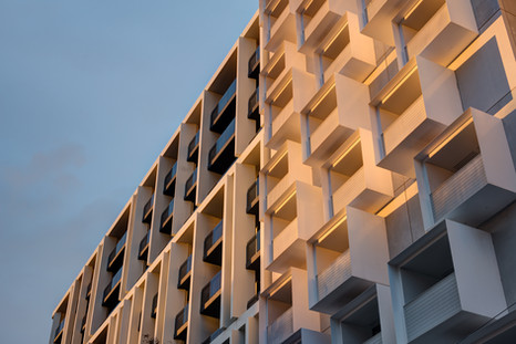 THE EMINENCE - Plus Architecture