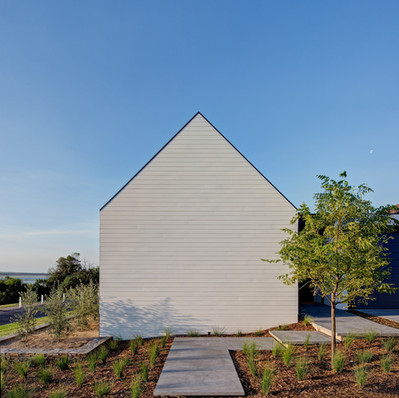 QUEENSCLIFF HOUSE - AdeB Architects