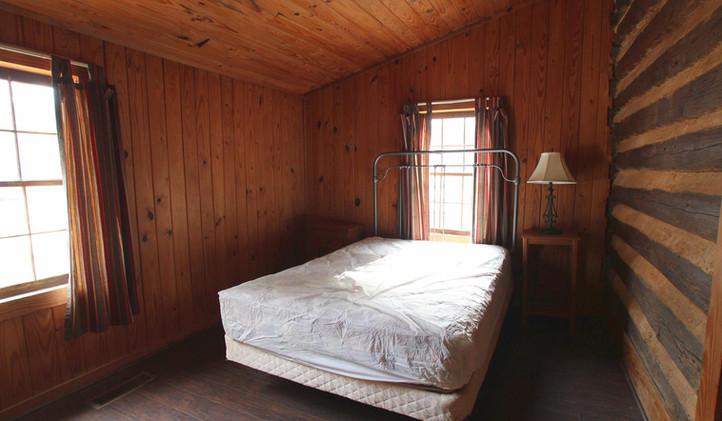 Williams House Bed 1.jpg