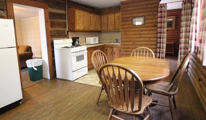 Nail House Kitchen:Dining (2).jpg