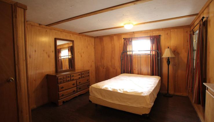 Nelson House Bedroom.jpg
