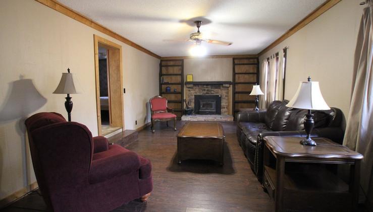 Nelson House Living Room (2).jpg
