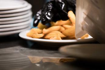 Osteria de' Peccatori Firenze interno cucina patate fritte impattamento
