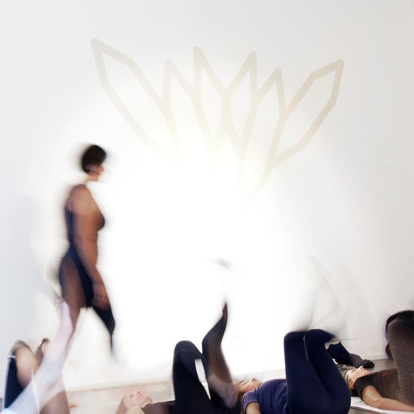 Workshop Yoga Ormonale per la salute della donna con Carla Nataloni