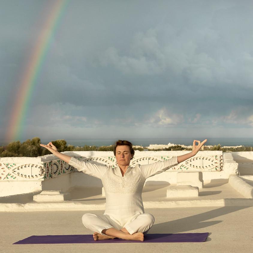 Seminario di Yoga Ormonale con Carla Nataloni