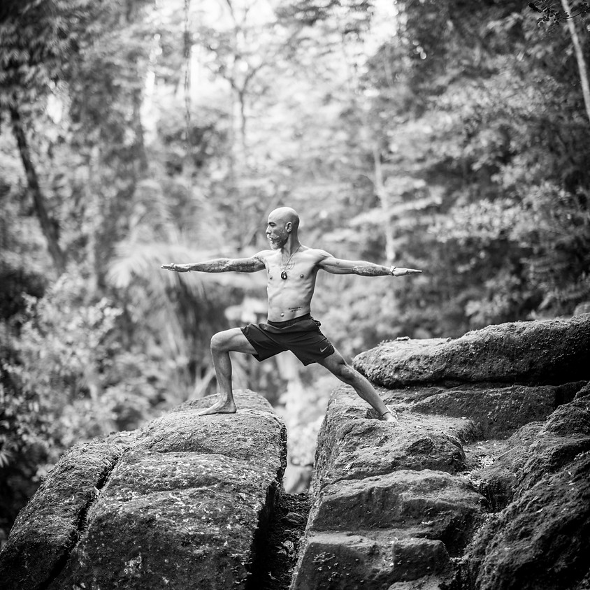 Yin Yoga con Alberto Salis
