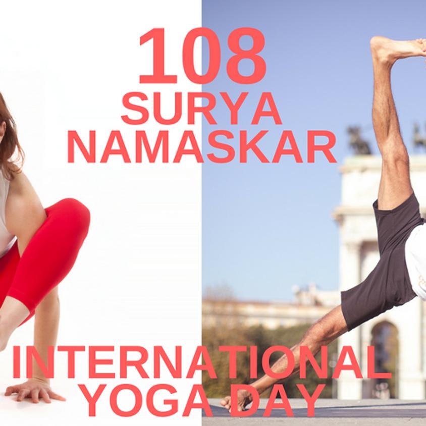 108 Saluti al Sole per celebrare International Yoga Day