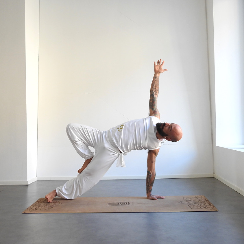 """Nuova classe per principianti: """"Introduzione allo Yoga"""""""