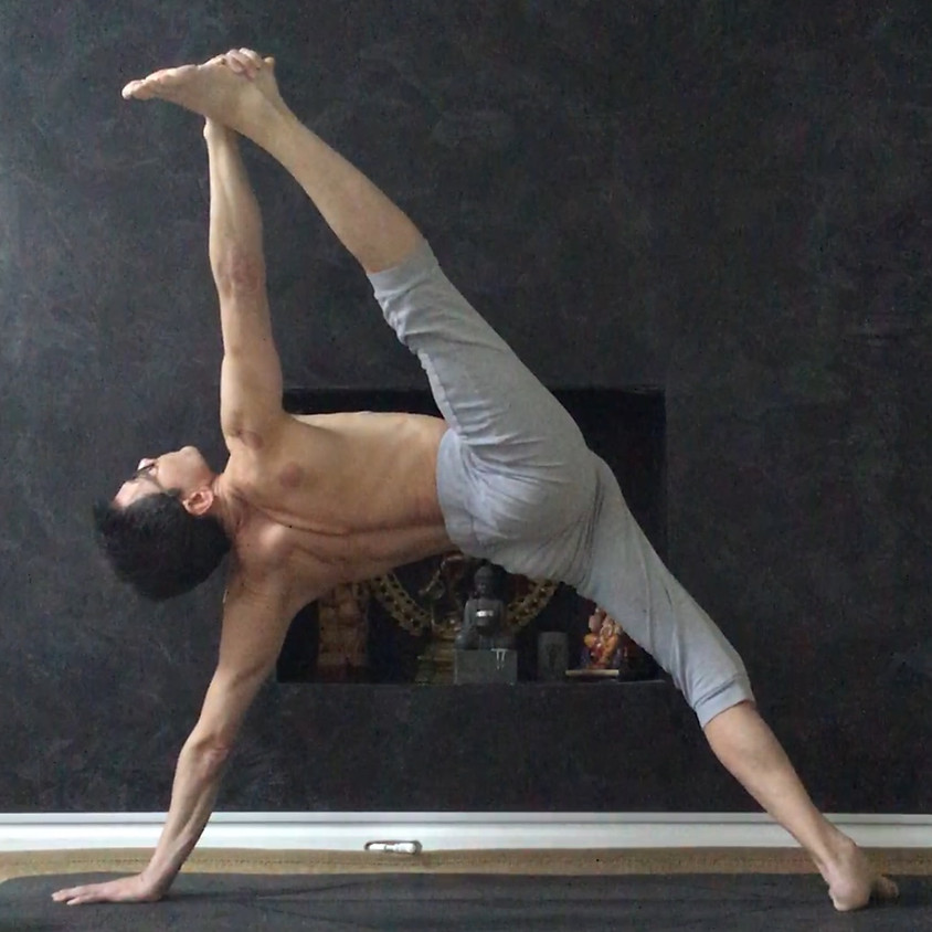 Mark Kan a Yogaessential in Agosto!!!