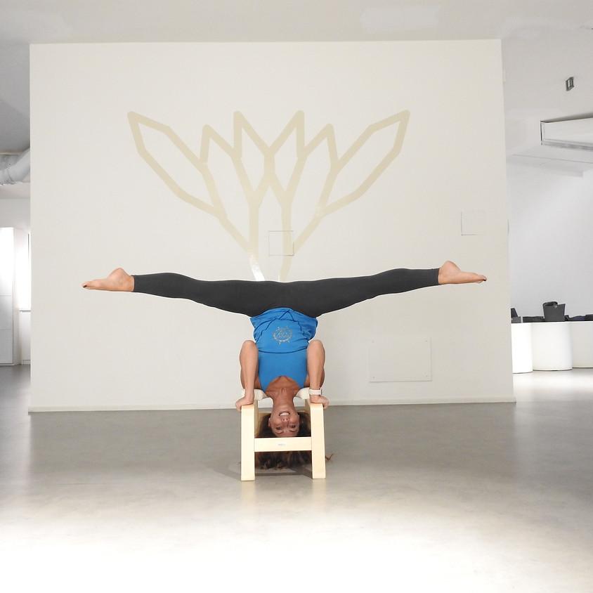 Novità! Da gennaio Yoga con FeetUp! Il nuovo corso yoga UpsideDown guidato da Linda Trotta