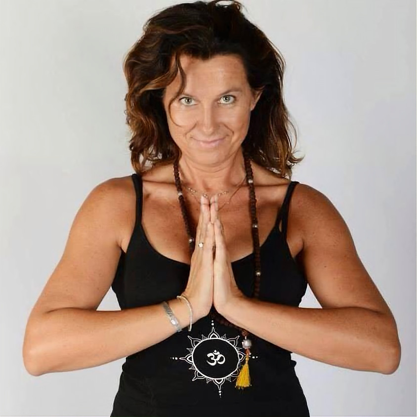 Mini corso di Yoga Ormonale con Selena Mercandelli