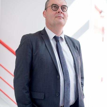 Association Léo Lagrange. Reportage d'entreprise et portrait de dirigeant.