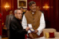 Mr. Kailash Satyarthi presenting the Hon