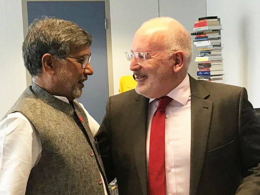Nobel Peace Laureate speaks with Vice President of European Commission, Frans Timmermans