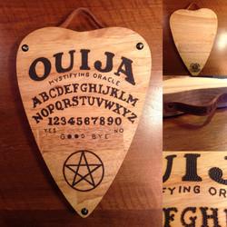 Planche à découper Ouija