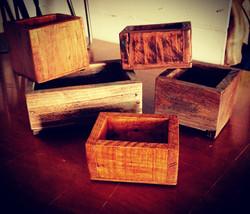 Petits bacs en bois