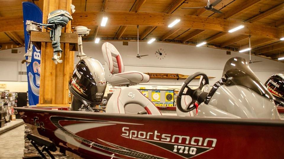 G3 - Sportsman 1710   Red