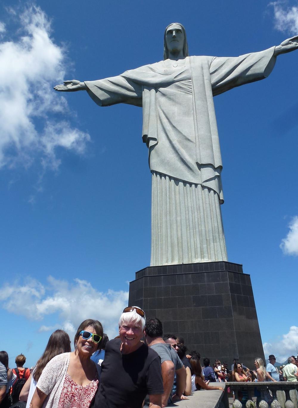 Greta Cohn, Tom Blake at Cristo Redento - Rio