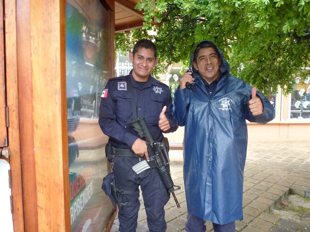 Huatulco police friends of Tom