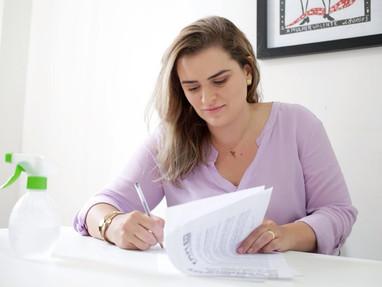 Marília assume carta-compromisso com as mulheres