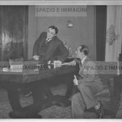 Ruggero Ruggeri  with actor on set, 40s.