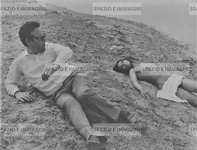 Die Goldene Pille/ La pillola d'oro, 1968. Film still. Original vintage print. Gelatin silver print on baryta paper cm. 19x24.