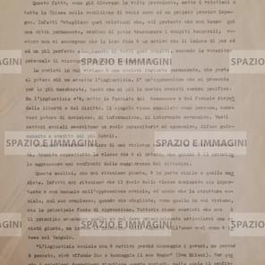 DOBBIAMO AMARAMENTE CONSTATARE CHE LA SOCIETA' IN CUI VIVIAMO CI CONDIZIONA MOLTISSIMO ANCHE COME CREDENTI, CI RENDE CONFORMISTI E PRONTI AD EVADERE ALLE NOSTRA RESPONSABILITA' (...). Volantino ciclostilato cm. 22x33 a cura di Gruppo Cattolici Liceo Minghetti, C.I.P. 8-5-1973, s.l. ma Bologna.