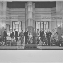 Ruggero Ruggeri and his troupe on set, 1936.