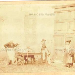 Bologna countryside, Tableaux Vivant, untitled, 1897. Albumen print on cardboard cm. 25x17. Unknown photographer.