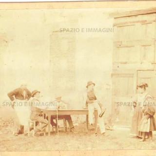 Bologna countriside, Tableaux Vivant, untitled, 1897. Albumen print on cardboard cm. 25x17. Unknown photographer.