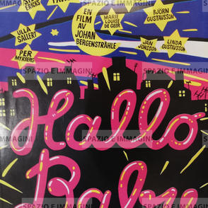 HALLO BABY/ HELLO BABY, directed by John Bergenstrahle, ( SW), 1976. Film brochure ( pp. 2) cm. 21x30 ( closed) cm. 42x30 ( open).