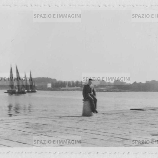 Istria, man on the harbor. Original vintage print, 1926. Gelatin silver print o baryta paper cm. 11x6,5,. Found photo.
