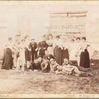"""Bologna countryside, Tableaux Vivant """" I Predestinati"""", 30 maggio 1897. Albumen print on cardboard cm 25x17. Unknown photographer."""