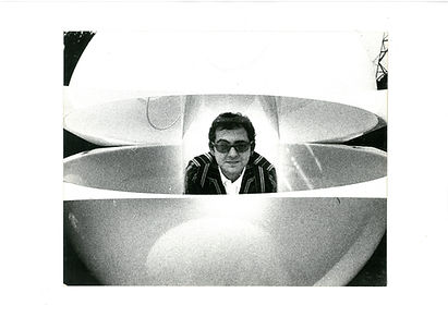 Ugo La Pieta L'attraversamento, Immersioni, Caschi Sonori, Ambienti Audiovisivi, Recupero e Reinvenzione. Ugo La Petra Crossing, Audiovisual Environments, Radical Archiecture