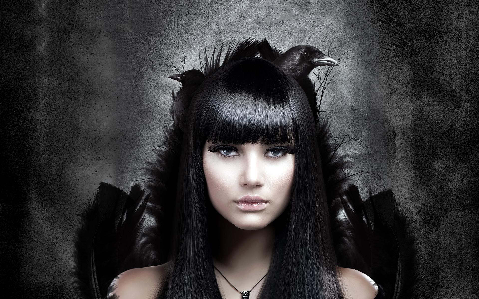 7026580-black-crow-girl