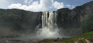 Tour na Gran Savana  Venezuela Cachoeira