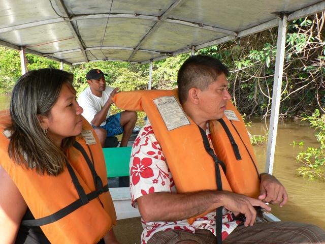 Passeio de barco rio Branco Roraima 05