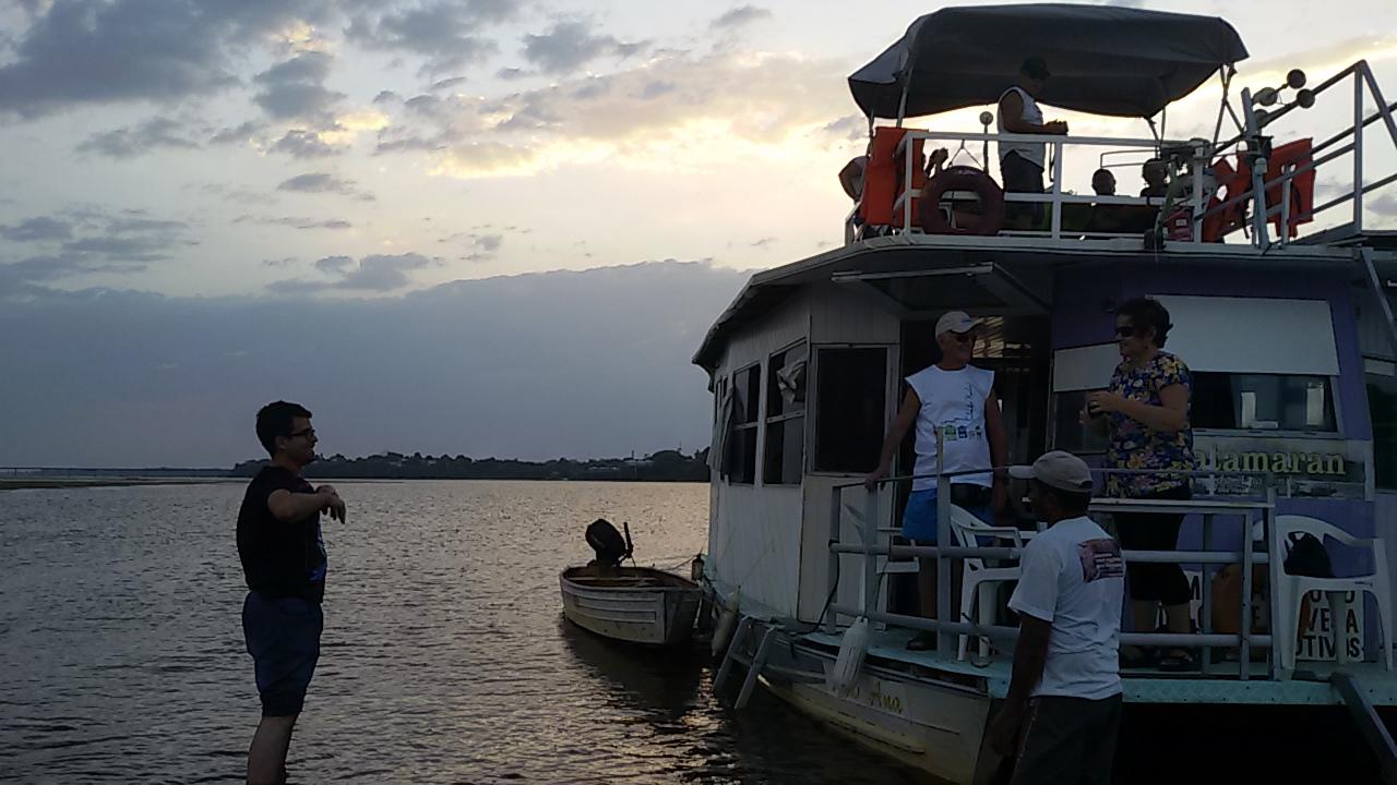 tocatur passeio de barco por do sol Roraima (3)