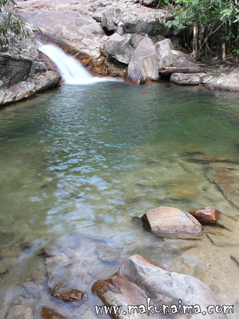 Tepequem cachoeira barata 01