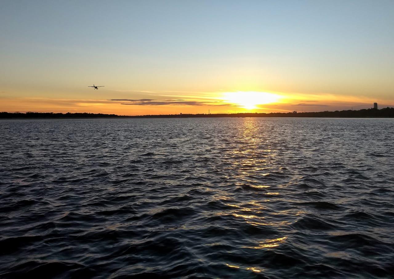 Pôr-do-sol no rio Branco - Roraima
