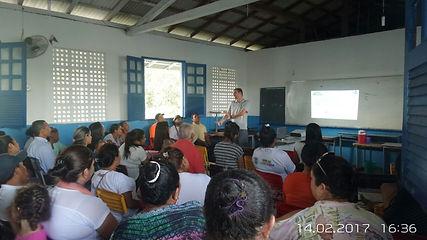 Reunião com comunidade Tepequém