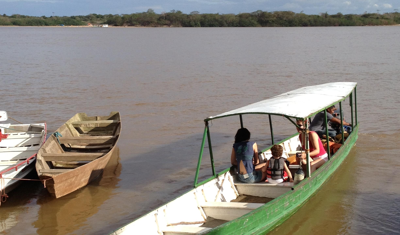 Passeio de barco agua boa de cima Boa Vista Roraima (2)