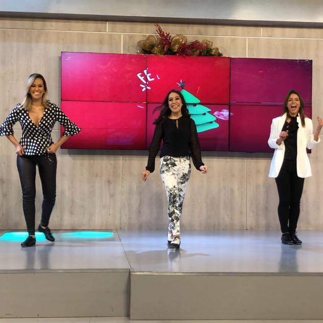 Guest performer - Viva la Mañana