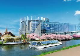 Bateau mouche à Strasbourg.jpg