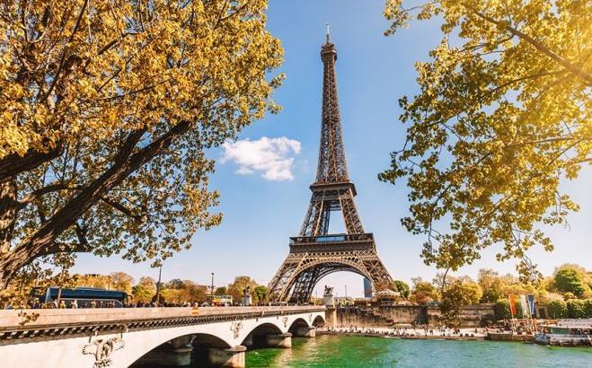 Paris Tour Eiffel.jpg