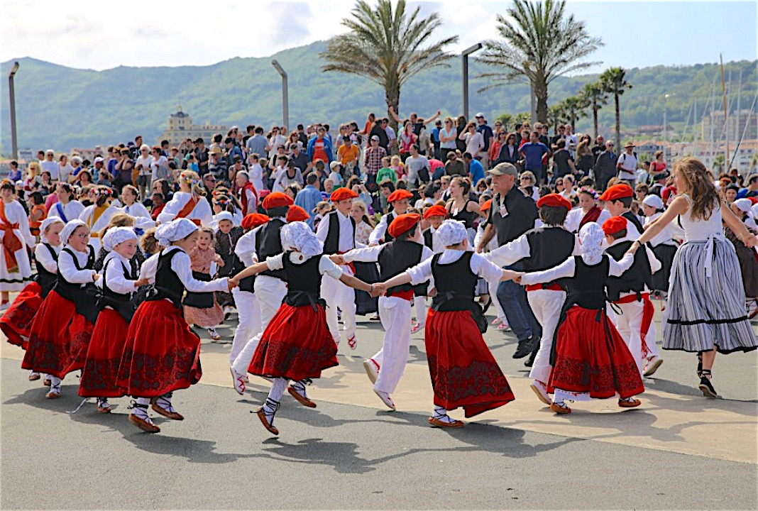 Danse Basque.jpg