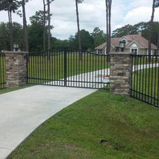 6' Custom Fence and Gate by White Fence Company