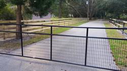 Black Steel Mesh Pipe Gate